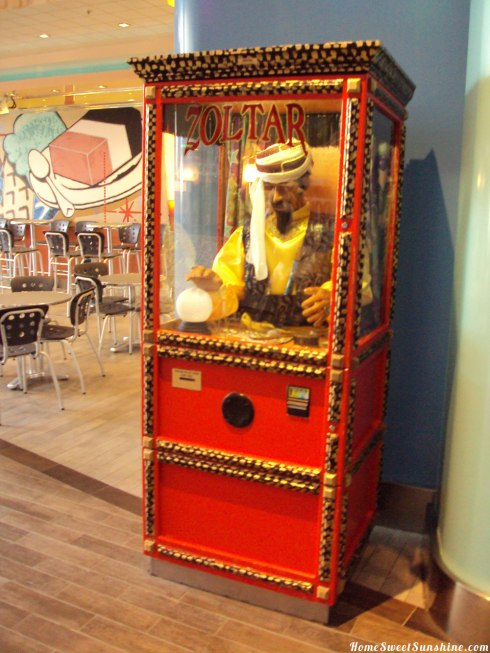 Oasis-of-The-Seas-Zoltar