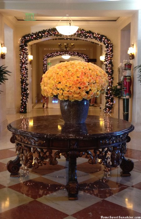 Ritz-Carlton-Flowers-Lobby