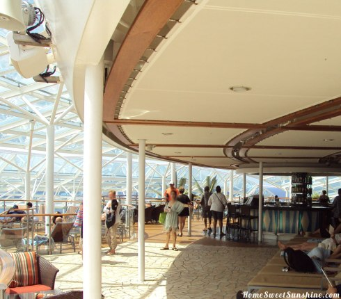 Oasis-of-The-Seas-Adults-Only-Bar
