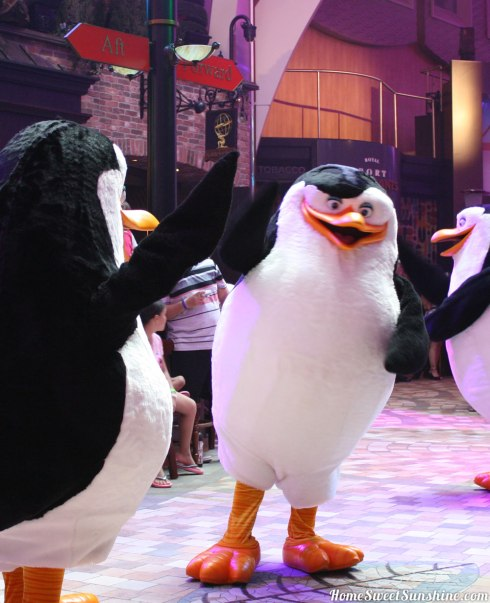 oasis-of-the-seas-parade-penguins